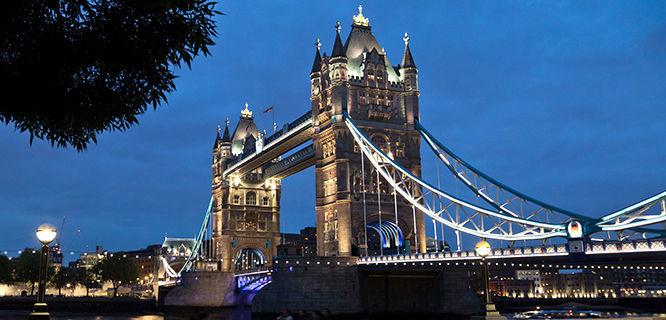 london-tower-bridge-dusk