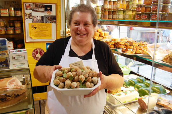 Escargot in Shop, Beaune, Burgundy, France